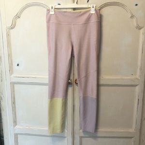 Outdoor voices dipped leggings!